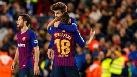 Gerard Pique dan Jordi Alba, dua legenda Barcelona. - INDOSPORT