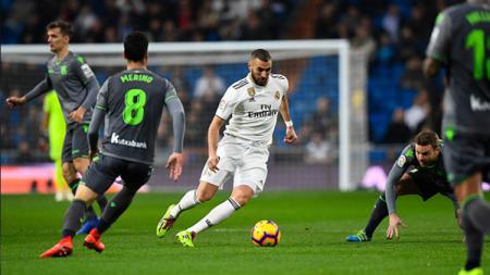 Karim Benzema di kawal ketat pemain lawan - INDOSPORT