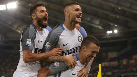 3 pemain bintang Inter Milan, Antonio Candreva (kiri), Mauro Icardi (tengah), dan Ivan Perisic. - INDOSPORT