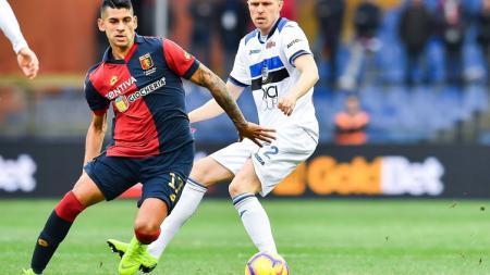 Cristian Romero, pemain bek yang bermain untuk Genoa - INDOSPORT