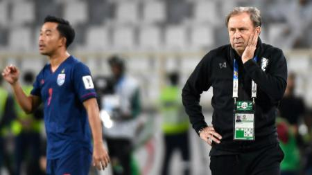 Milan Rajevac saat melatih Timnas Thailand di Piala Asia 2019 - INDOSPORT