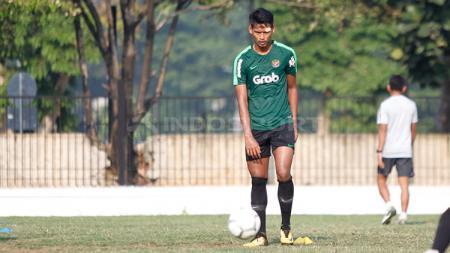 Striker Persik Kediri, Septian Bagaskara dinilai dapat bersaing di skuat Timnas U-23, meski semua aktivitas di klub masih vakum. - INDOSPORT