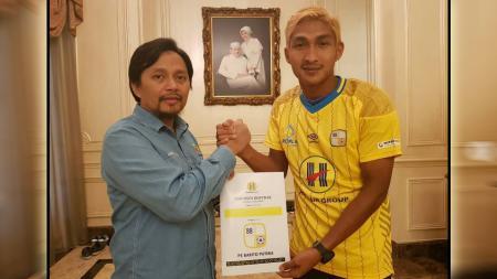 Ahmad Mahrus Bachtiar resmi bergabung PS Barito Putera. - INDOSPORT