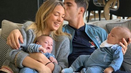 Alvaro Morata dan keluarga kecilnya - INDOSPORT