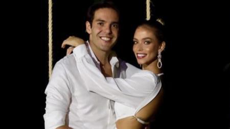 Legenda AC Milan, Ricardo Kaka dan istrinya Carolina Dias - INDOSPORT