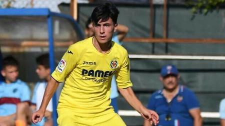 Adrian Corral, pemain dari akademi Villarreal. - INDOSPORT