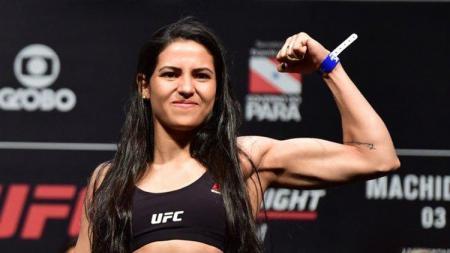 Polyana Viana, petarung wanita MMA - INDOSPORT