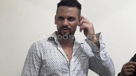 Striker baru Arema FC, Robert Lima Guimaraes. - INDOSPORT