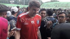 Indosport - Gelandang baru Arema FC, Pavel Smolyachenko.