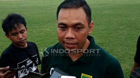 Manajer Persebaya Surabaya Candra Wahyudi. - INDOSPORT