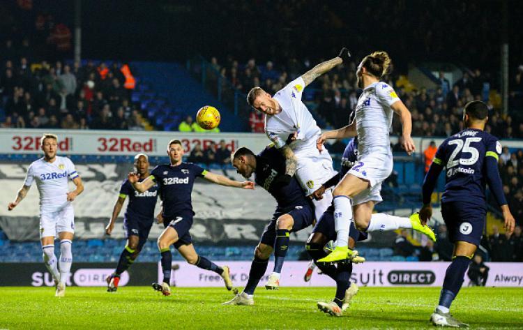 Suasana pertandingan Derby County vs Leeds United. Copyright: INDOSPORT