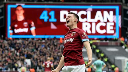 Declan Rice melakukan selebrasi setelah berhasil mencetak gol pada menit ke-48 ke gawang Arsenal - INDOSPORT