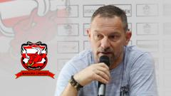 Indosport - Dejan Antonic resmi jadi pelatih Madura United