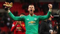 Indosport - Kiper Manchester United, David de Gea usai kemenangan melawan Tottenham Hotspur, Senin (14/01/19)