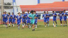 Indosport - Latihan perdana Persib Bandung.