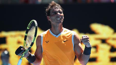 Petenis asal Spanyol, Rafael Nadal mengaku enggan berkomentar soal Roger Federer dan Novak Djokovic yang ditempatkan di pool yang sama pada undian AS Terbuka. - INDOSPORT