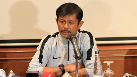 Pelatih Timnas Indonesia U-23, Indra Sjafri dalam jumpa pers. - INDOSPORT