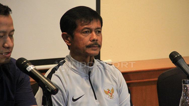 Pelatih timnas U-22 Indonesia, Indra Sjafri dalam jumpa pers Copyright: Muhammad Nabil/INDOSPORT