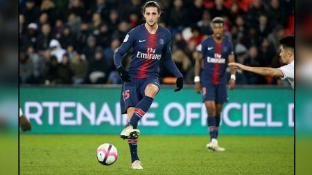 Adrien Rabiot, gelandang tengah PSG. - INDOSPORT
