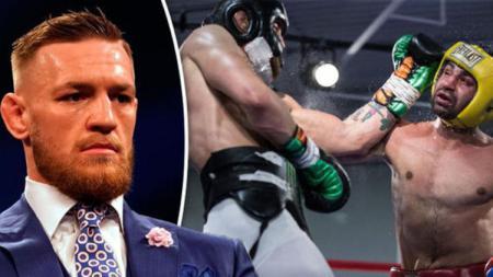 Conor McGregor ditantang duel oleh Paulie Malignaggi. - INDOSPORT