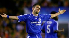 Indosport - Joe Cole saat masih menjadi pemain Chelsea.
