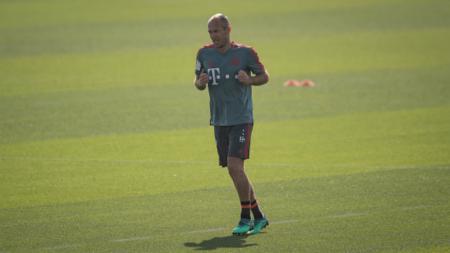 Arjen Robben, gelandang serang Bayern Munchen saat sedang berlatih seorang diri. - INDOSPORT
