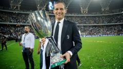 Indosport - Massimiliano Allegri saat merayakan gelar Supercoppa Italiana bersama Juventus, Kamis (17/01/19).