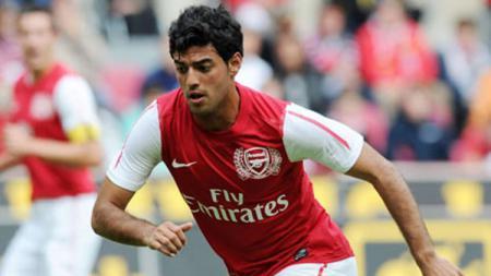 Carlos Vela saat membela Arsenal - INDOSPORT