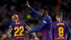 Indosport - Gaya pemain Barcelona Ousmane Dembele saat membobol kiper Levante di laga Copa del Rey, Jumat (18/01/19).