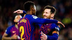 Indosport - Pemain Barcelona Ousmane Dembele (kiri) dan kapten Lionel Messi (kanan) saat merayakan gol ke gawang Levante dalam partai Copa del Rey leg kedua, Jumat (18/01/19).