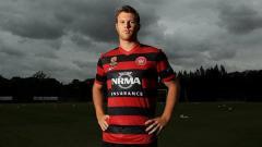 Indosport - Daniel Mullen berseragam Western Sydney Wanderers.