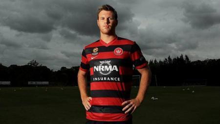 Daniel Mullen berseragam Western Sydney Wanderers. - INDOSPORT