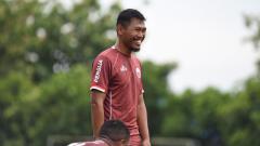Indosport - Tony Sucipto ditolak The Jak usai diperkenalkan sebagai pemain anyar Persija Jakarta.