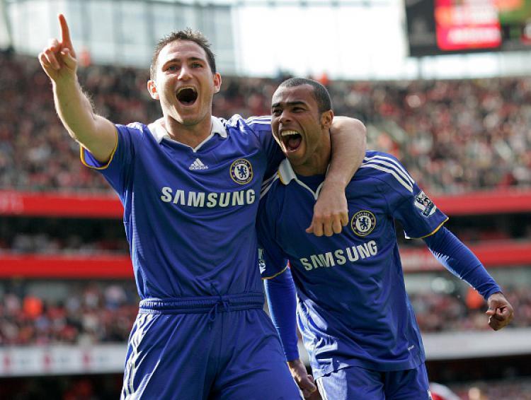 Frank Lampard dan Ashley Cole, mantan bintang Chelsea. Copyright: INDOSPORT