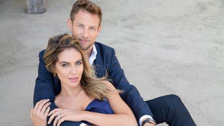 Jenson Button dan tunangannya, Brittny Ward. - INDOSPORT