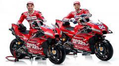 Indosport - Andrea Dovizioso serta Danilo Petrucci pembalap andalan Ducati.