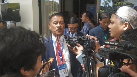 Manajer Persib Bandung Umuh Muchtar saat menghadiri Kongres PSSI di Bali. - INDOSPORT