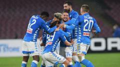Indosport - Selebrasi para pemain Napoli usai Arkadiusz Milik mencetak gol ke gawang Lazio, Senin (21/01/19) dini hari WIB.