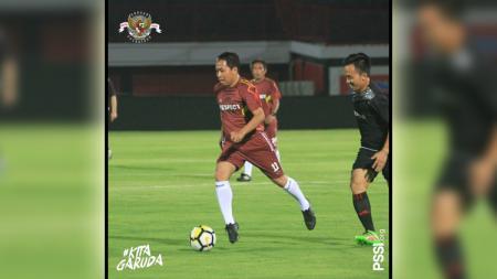 PSSI menggelar bermain sepak bola bersama Asprov dan perwakilan klub Liga 1 hingga Liga 3 di penghujung rangkaian acara Kongres PSSI 2019 di Bali. - INDOSPORT