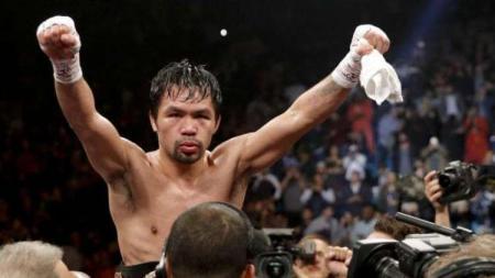 Manny Pacquiao berhasil mempertahankan sabuk WBA kelas welternya - INDOSPORT