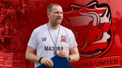 Indosport - Dejan Antonic pelatih Madura United