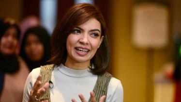 Presenter cantik, Najwa Shihab meluapkan rasa bahagianya saat melihat pencapaian Greysia Polii/Apriyani Rahayu di Olimpiade Tokyo 2020. - INDOSPORT