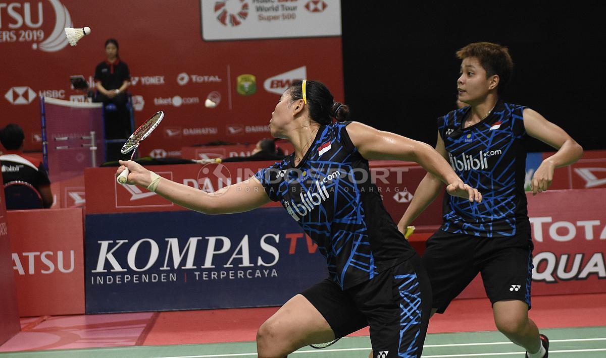 Greysia Polii/Apriyani Rahayu kalahkan Gabriela Stoeva/Stefani Stoeva dari Bulgaria Copyright: Herry Ibrahim/INDOSPORT