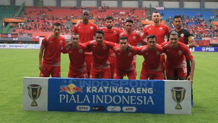 Foto para pemain Persija Jakarta sebelum laga pertandingan sore tadi