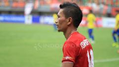 Indosport - Pemain senior Persija, Ismed Sofyan pada laga sore hari tadi