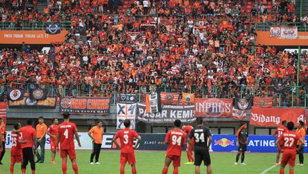 Suasana stadion usai pertandingan Persija vs 757 Kepri