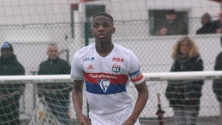 Billy Koumetio, pemain remaja yang akan tiba di Liverpool Januari ini. - INDOSPORT