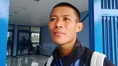 Indosport - Pemain belakang Persib, Henhen Herdiana.