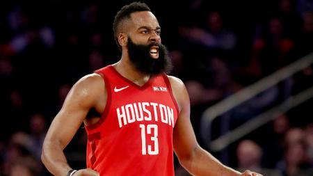 James Harden menjadi bintang kemenangan Houston Rockets atas Utah Jazz dalam gim kelima NBA Playoffs 2019 - INDOSPORT