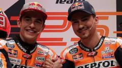 Indosport - Jorge Lorenzo dan Marc Marquez tergabung dalam tim Repsol Honda